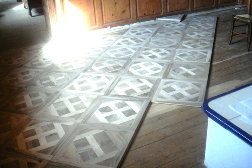 versailles-parquet-panels-walnut-france-1
